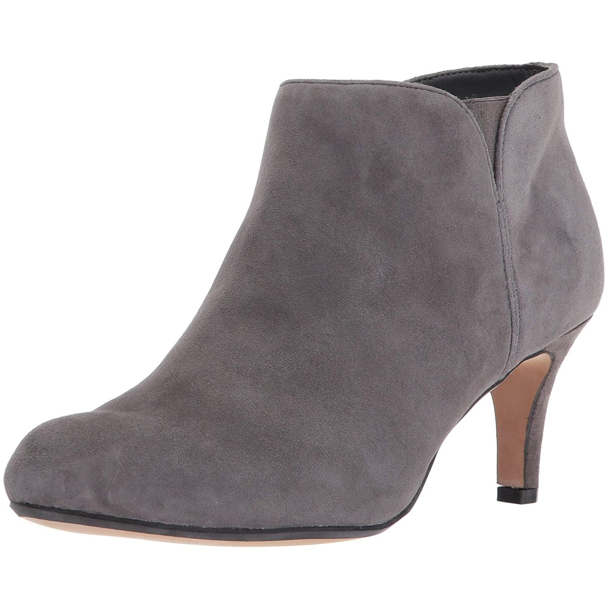 1e69d42a06d Shop Clarks Womens Arista Paige Leather Almond Toe Ankle Fashion Boots -  Free Shipping Today - Overstock - 24088932