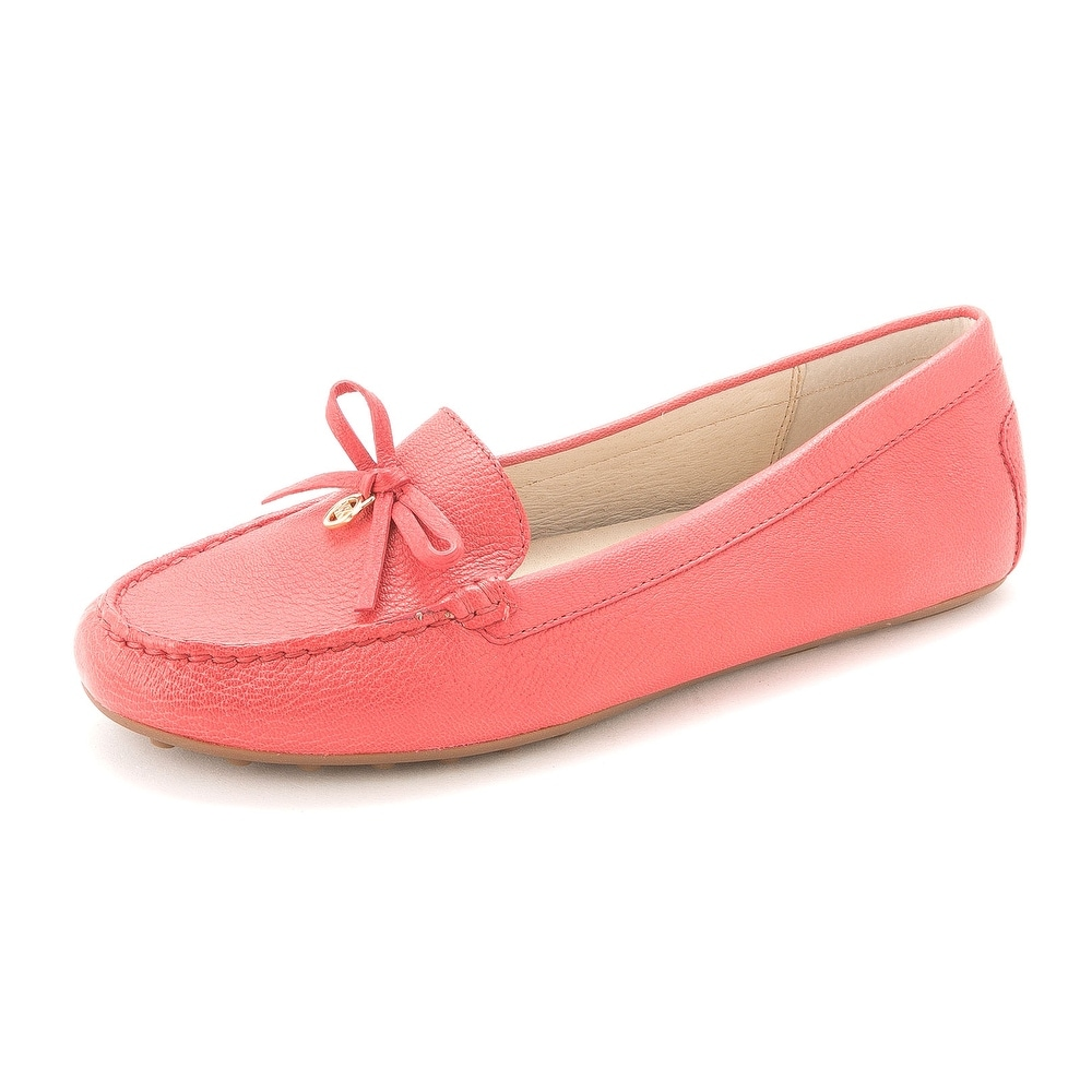 a6c886908b0 Shop Michael Kors Womens Everett Moc Leather Almond Toe Loafers - Free  Shipping Today - Overstock - 14526651