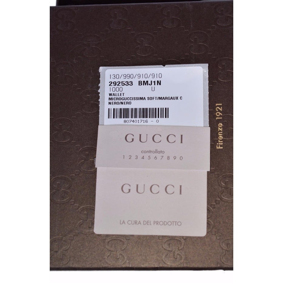 1eb38a3cf93 Shop Gucci 292533 Men s Black Leather Micro GG Guccissima Verticle Bifold  Wallet - Free Shipping Today - Overstock - 15268892