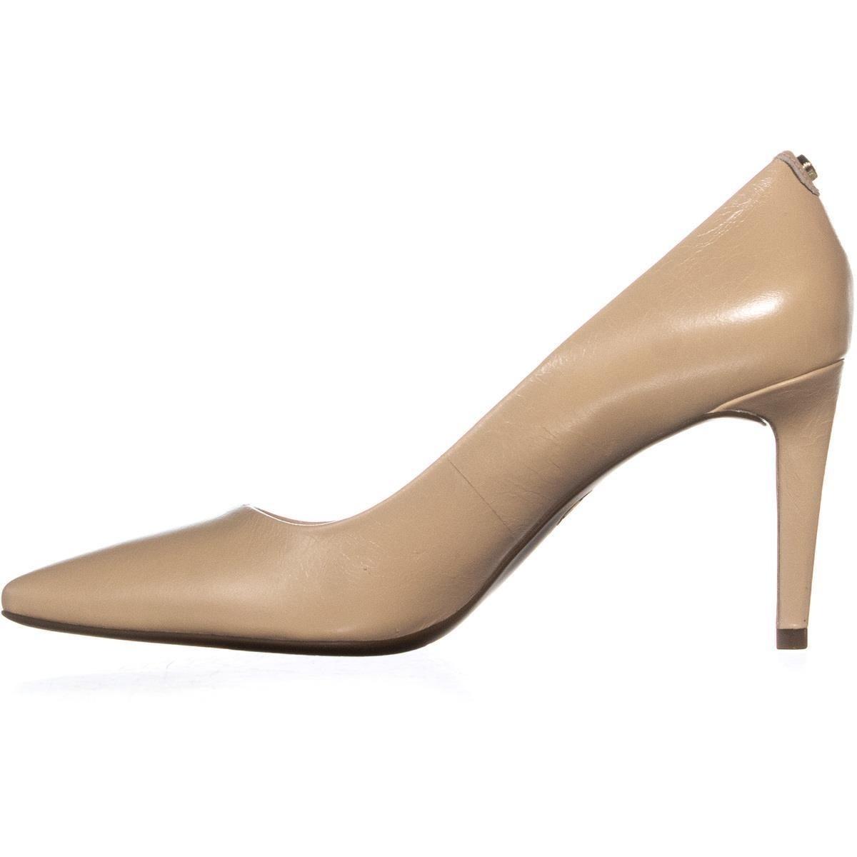 b4c988fbcf4 MICHAEL Michael Kors Dorothy Flex Pump Classic Heels, Oyster