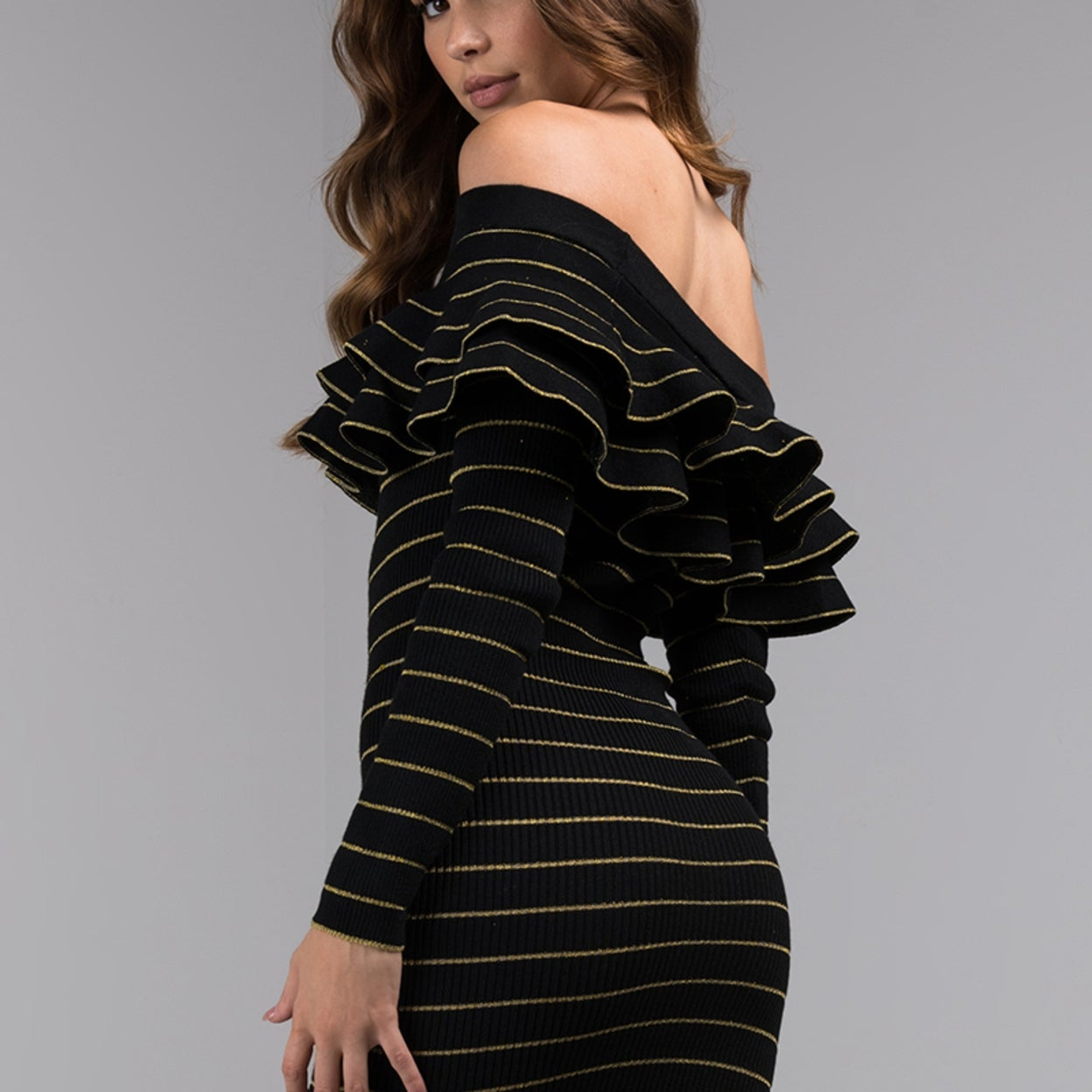 6b9a7b3ea2b9 AKIRA Women's Striped Ribbed Knit Ruffle Off Shoulder Long Sleeve Bodycon  Midi Sweater Dress
