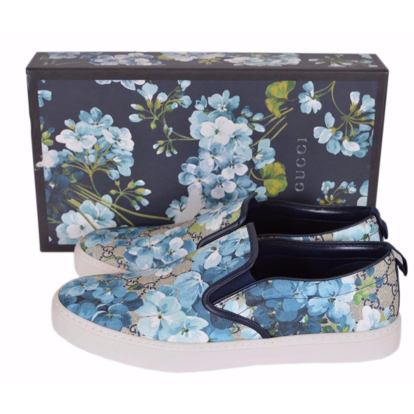 893e938e84b41 Shop Gucci Men s 407362 GG BLOOMS BLUE Coated Canvas Slip On Sneakers Shoes  12.5G 13.5US - Free Shipping Today - Overstock - 18945852