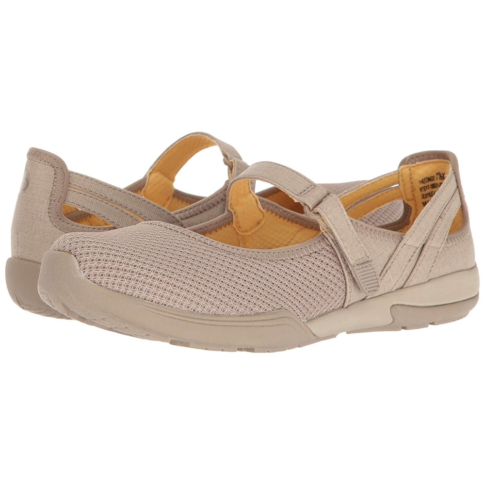 cb7b4a3e90209 Bare Traps Womens Hastings Low Top Walking Shoes - 11