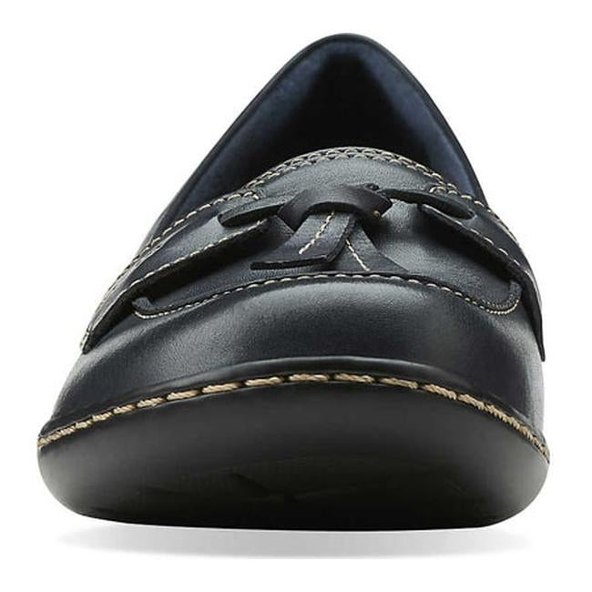 69992a28c8e Shop Clarks Women s Ashland Bubble Navy Leather - Free Shipping Today -  Overstock - 20590088