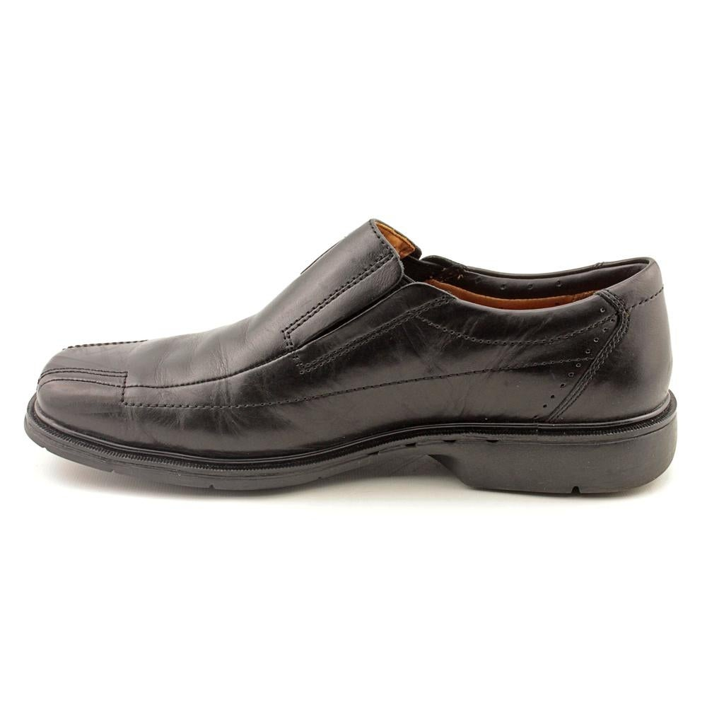 Shop Unstructured By Clarks Un.Sheridan Men EW Square Toe Leather Black  Loafer - Free Shipping Today - Overstock.com - 14447393