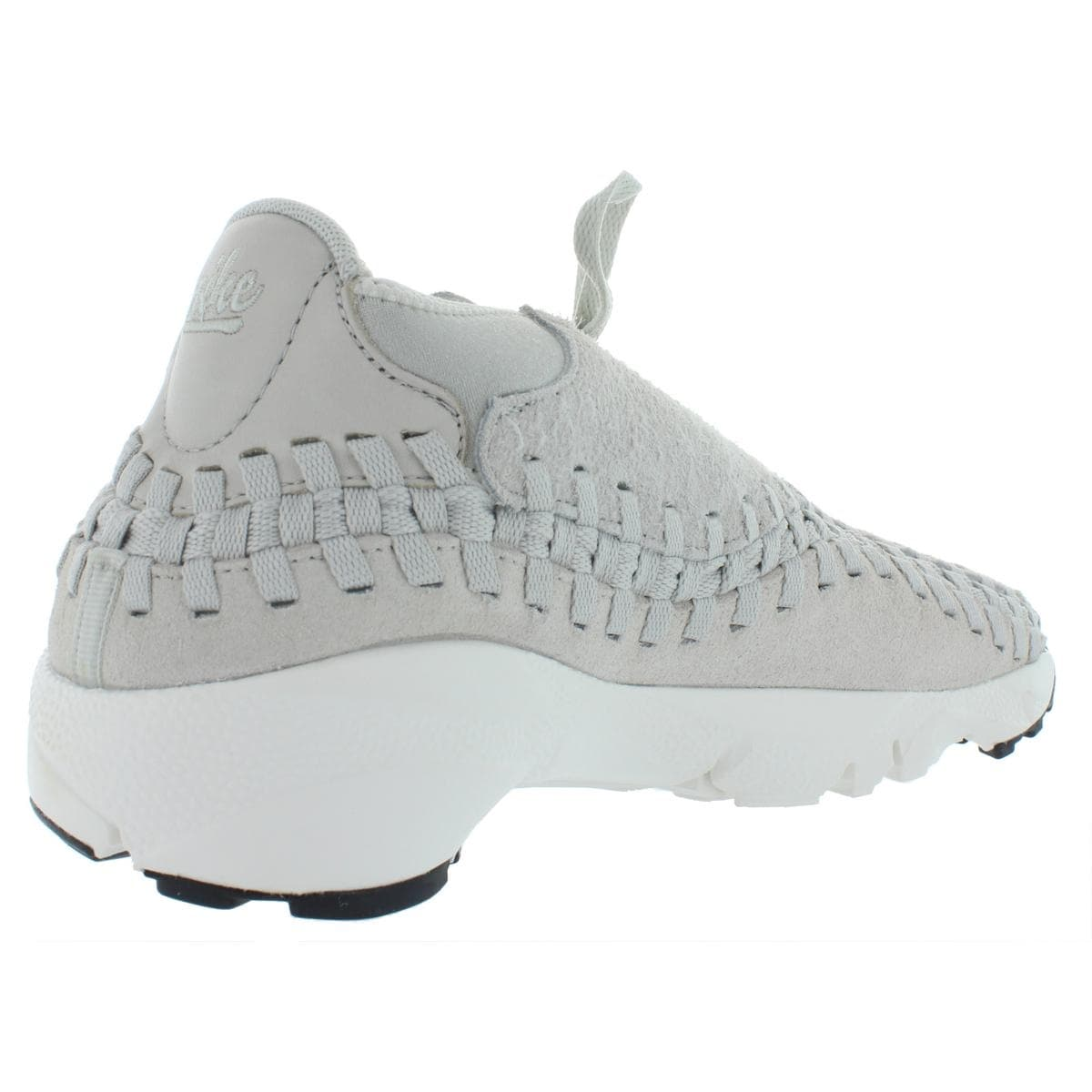 online retailer 110e1 5271c Shop Nike Mens Air Footscape Woven Chukka Chukka Suede Trainer - Free  Shipping Today - Overstock - 27876198