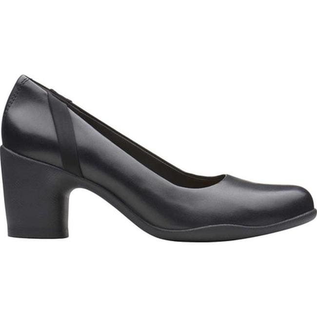 c9afdade095b6 Shop Clarks Women's Un Rosa Step Pump Black Leather - Free Shipping Today -  Overstock - 25435803