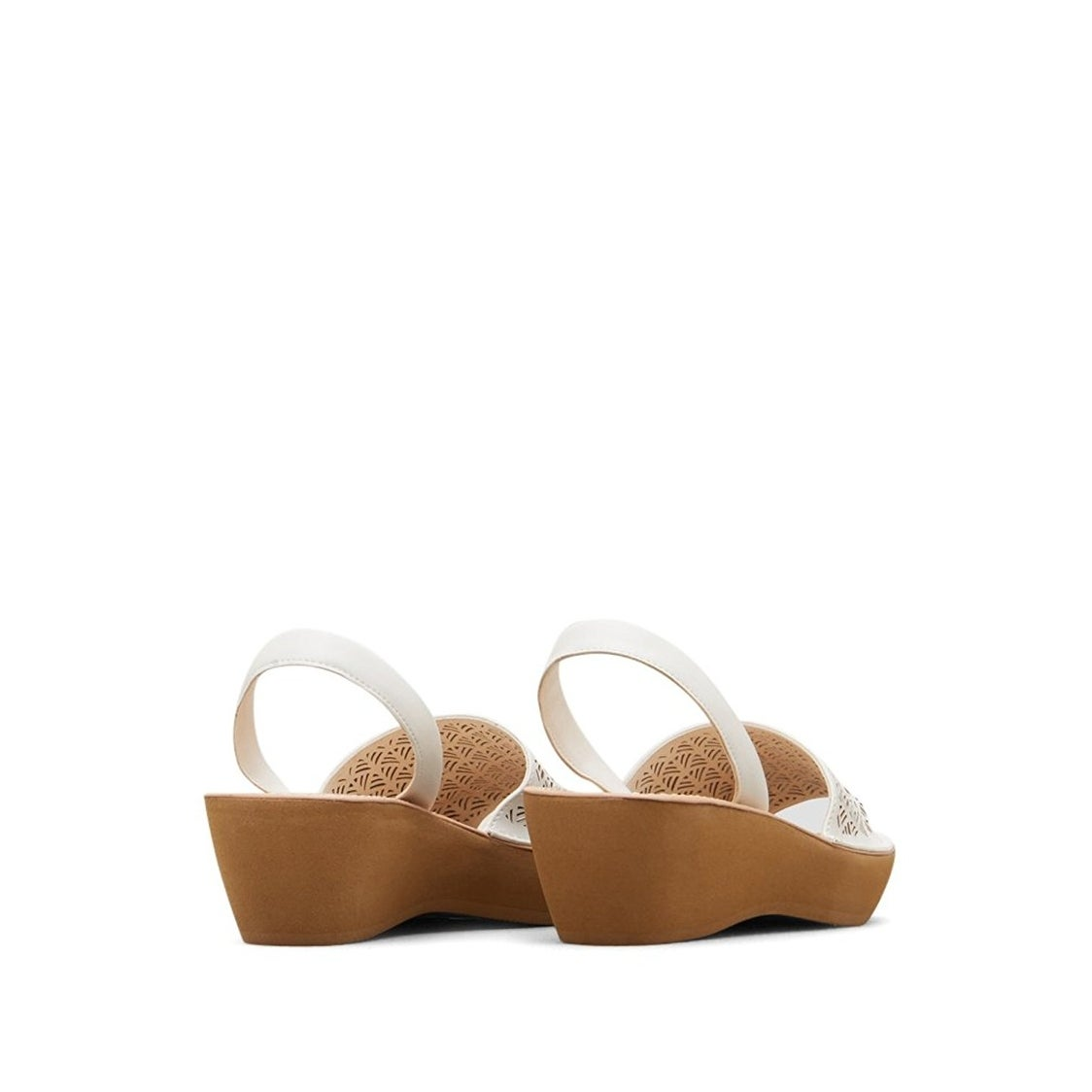dd8eee71c9f Shop Kenneth Cole Reaction Women s Faux-Leather Fine Glass Laser Cut Platform  Sandal - Free Shipping On Orders Over  45 - Overstock.com - 17734625