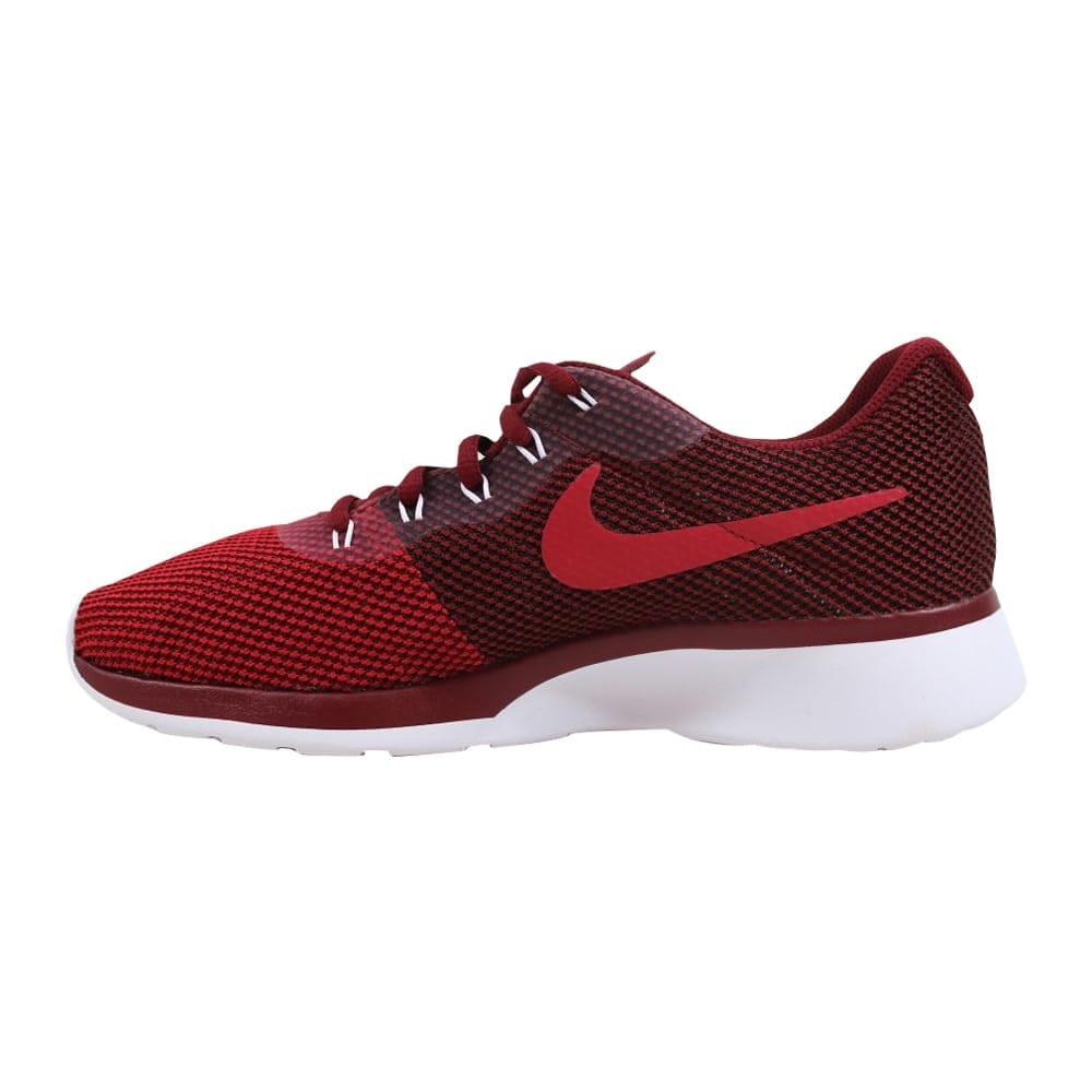 low priced 7096f f075f Shop Nike Men s Tanjun Racer Team Red Black-Gym Red-White 921669-600 - On  Sale - Free Shipping Today - Overstock - 27339987