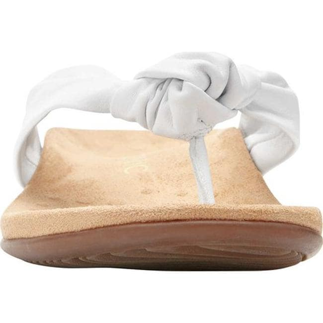 9d9c9a22de10 Shop Vionic Women s Pippa Thong Sandal White Leather - Free Shipping Today  - Overstock - 24030007