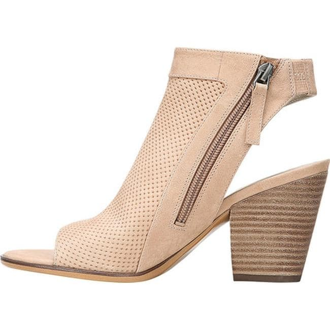 e2241b2d0f50 Shop Naturalizer Women s Yanni Peep Toe Shoe Gingersnap Leather - Free  Shipping Today - Overstock.com - 15622123