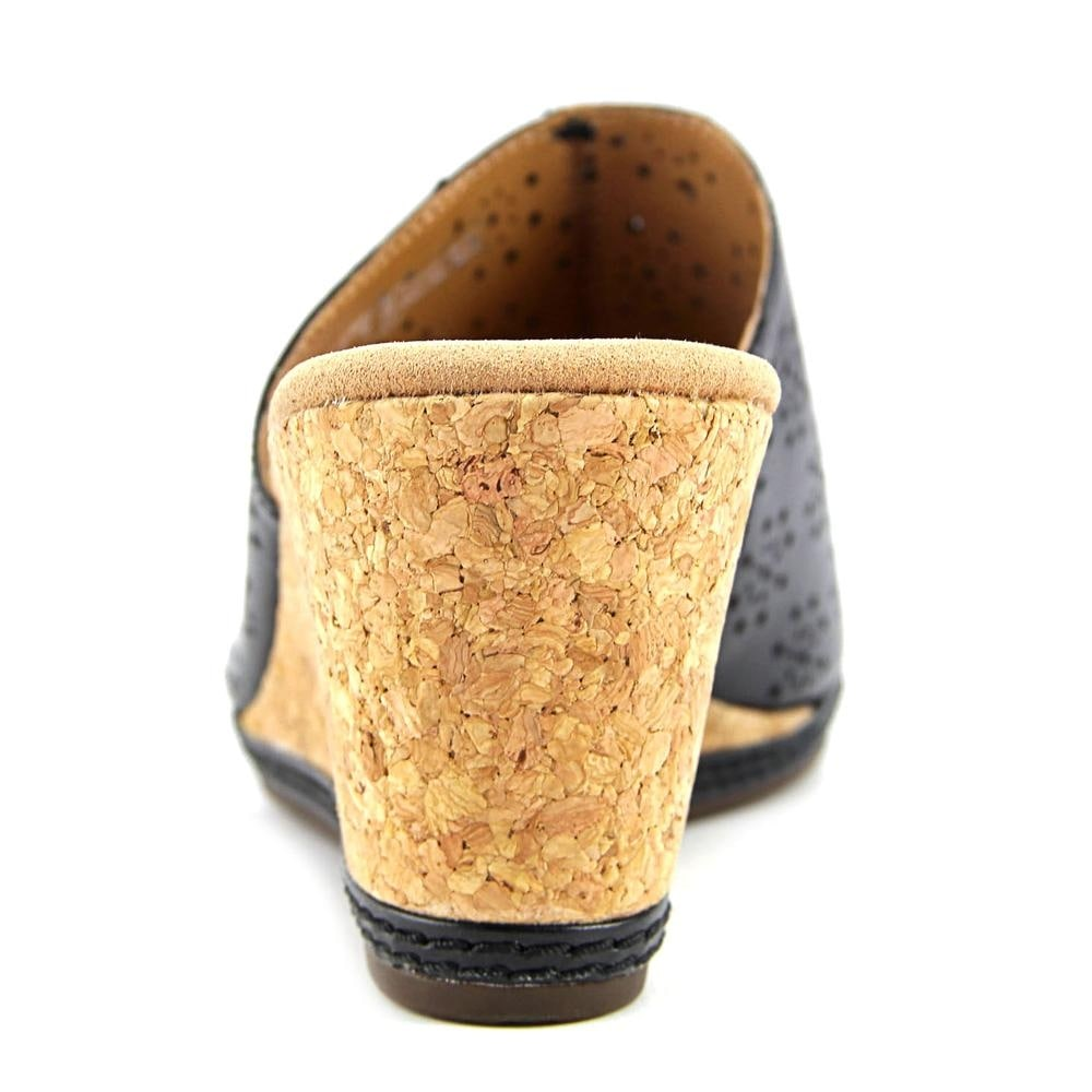 22250aa3f60 Shop Clarks Helio Corridor Women Open Toe Leather Black Wedge Sandal - Free  Shipping On Orders Over  45 - Overstock - 16394171