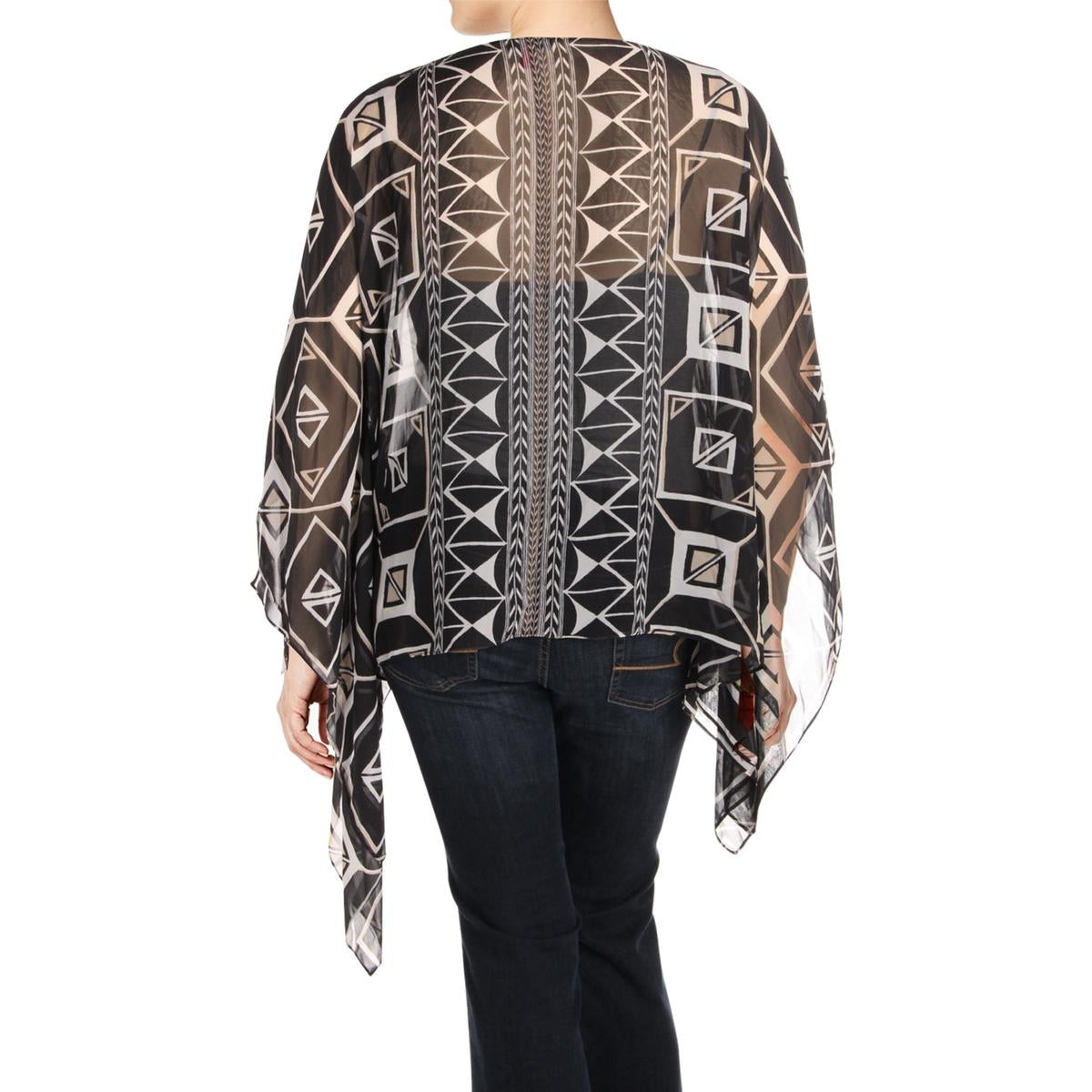 8fb99063 Shop Vince Camuto Womens Poncho Top Nairobi Graphic Flowy - Free Shipping  On Orders Over $45 - Overstock - 20765173
