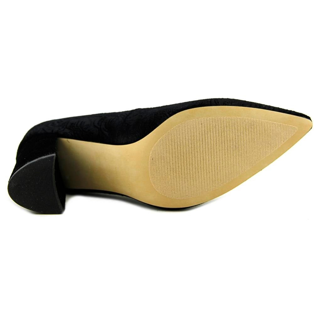 0f30c5f5a1ae Shop Marc Fisher Caitlin 2 Black Pumps - Free Shipping Today - Overstock -  20006106