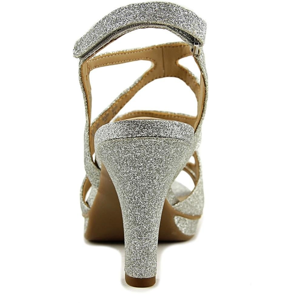 40aa90729873 Shop Naturalizer Dianna E5554s7904 Gold Glitter - Free Shipping On Orders  Over  45 - Overstock - 25393646