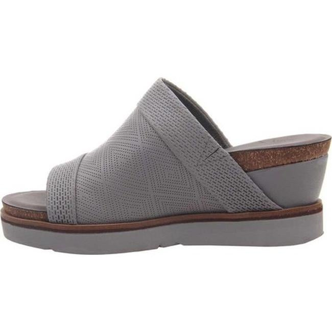 e7f751f60ee Shop OTBT Women s Earthshine Wedge Slide Zinc Perforated Leather - On Sale  - Free Shipping Today - Overstock - 26270542