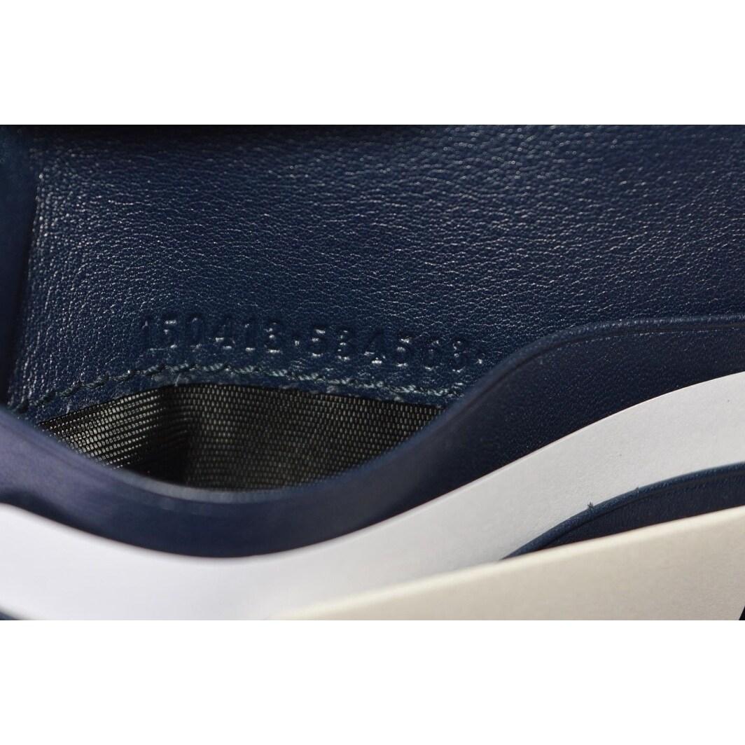 cb10ceeb961b Shop Gucci Men's 150413 Blue Leather Micro GG Guccissima W/Coin Bifold  Wallet - 4.25