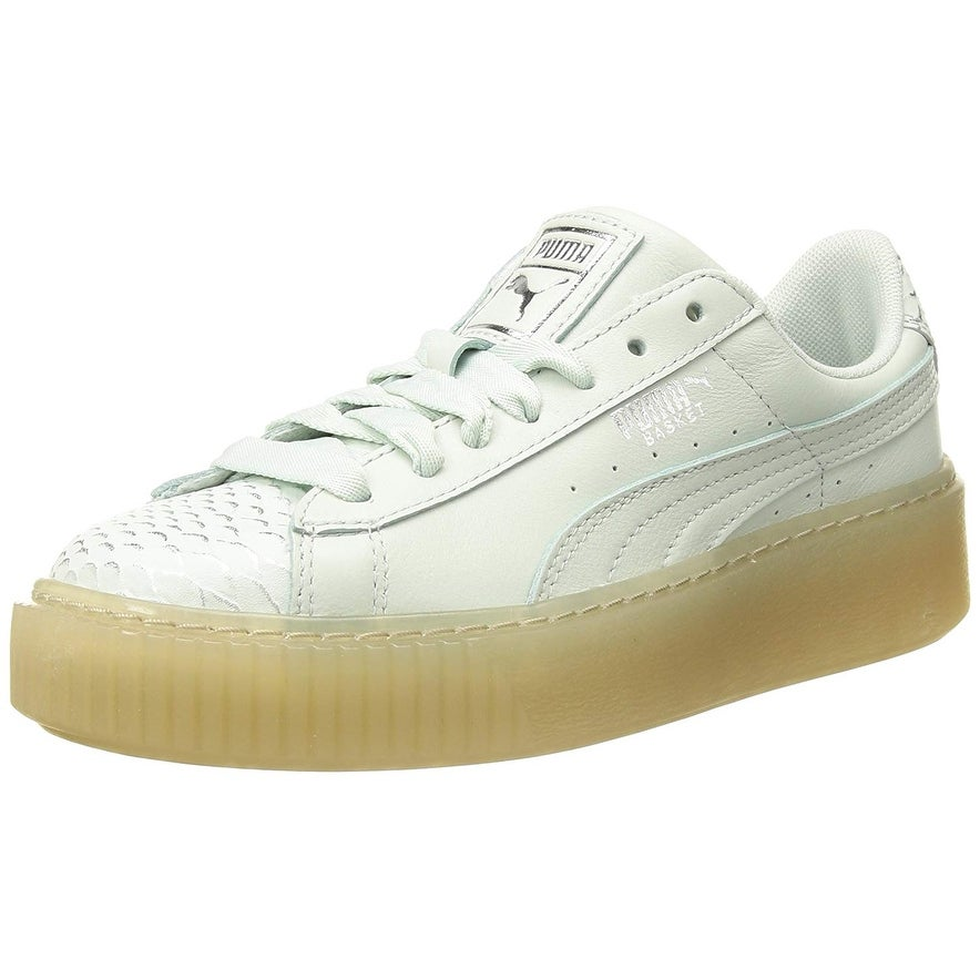 low priced fe3f2 b44ae PUMA Women's Basket Platform Ocean Wn Sneaker