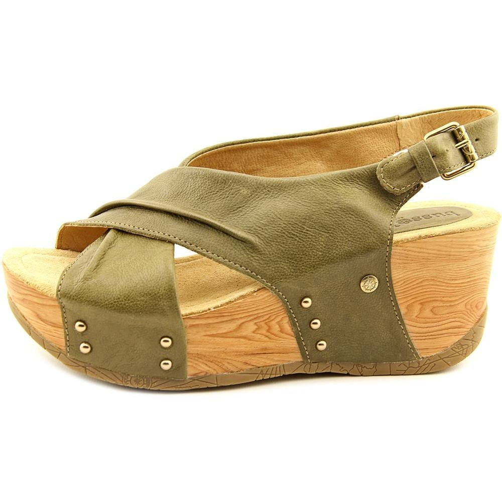 f6dce70c37a Shop Bussola Style Formentera Women Open Toe Leather Green Wedge Heel -  Free Shipping On Orders Over  45 - Overstock - 14410456