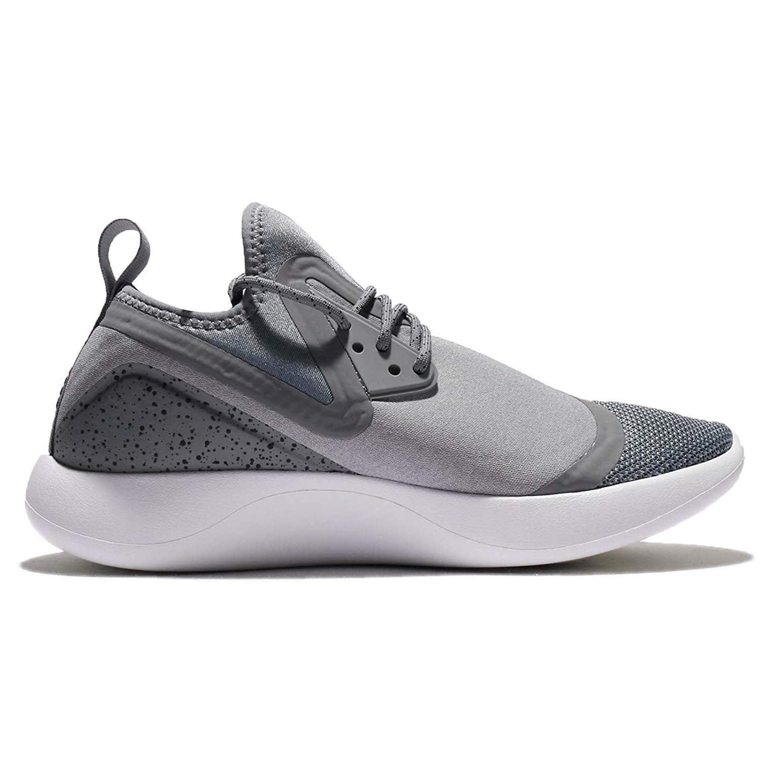 cc772d9110ac Shop Nike Womens Lunarcharge Essential Low Top Lace Up Running Sneaker -  Free Shipping Today - Overstock.com - 25753656