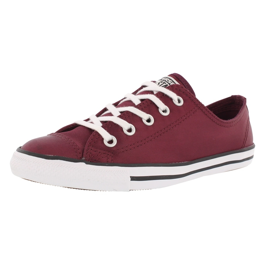 c67725c079544 Converse Chuck Taylor All Star Dainty Ox Athletic Women'S Shoe - 5 B(M) US