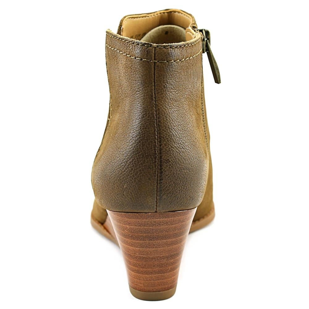 b494a0fc5ad1 Shop Franco Sarto Wera Round Toe Leather Ankle Boot - Free Shipping On  Orders Over  45 - Overstock - 14241503