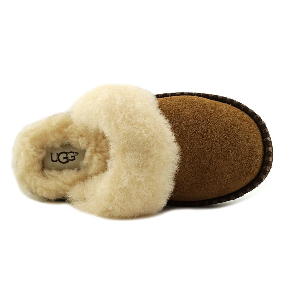 21168ef929c2e UGG Oaken Youth Round Toe Synthetic Tan Slipper