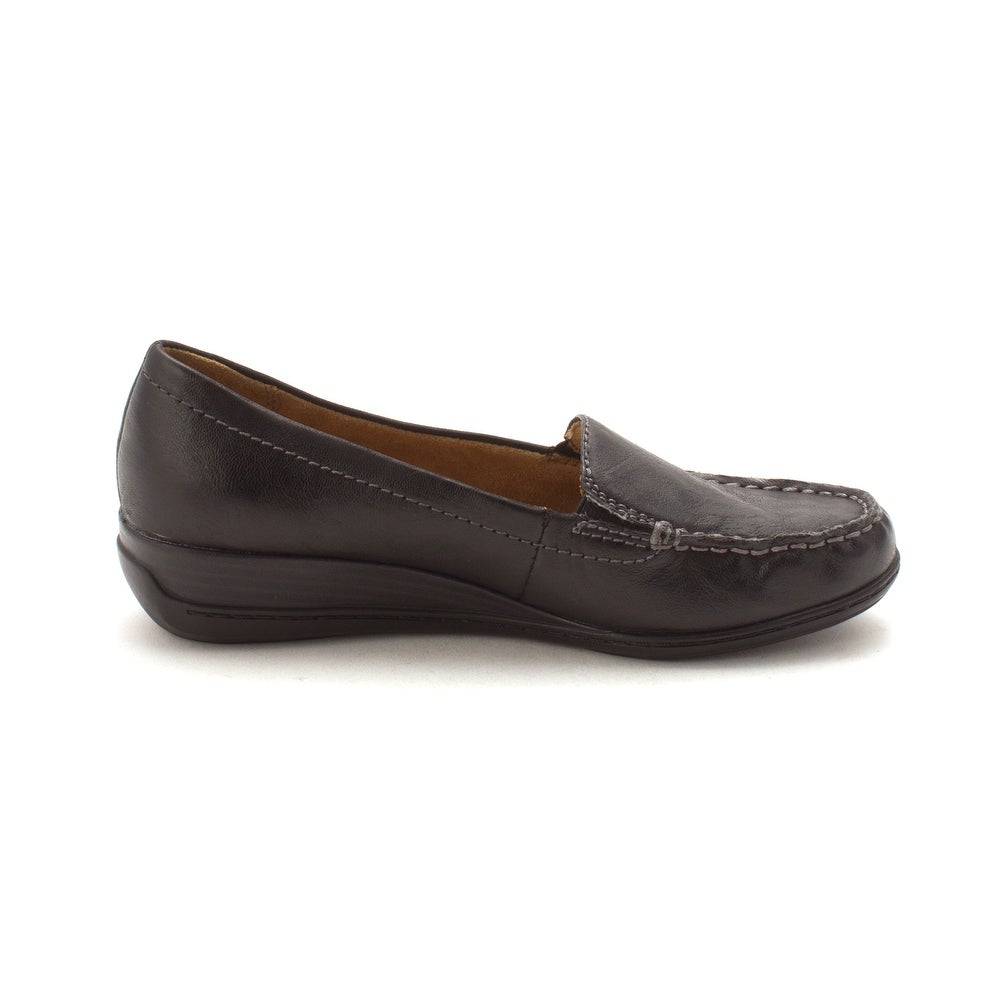 d62fc1cd8fb Shop Natural Soul Womens Wilamina Leather Closed Toe Loafers - 8.5 - Free  Shipping On Orders Over  45 - Overstock - 22722634