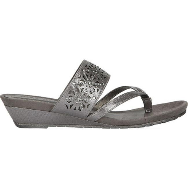 9fa9c99f79e6e8 Shop Kenneth Cole Reaction Women s Great Chime Thong Sandal Pewter ...