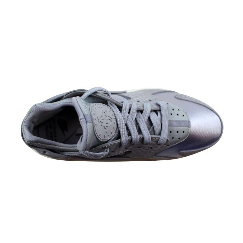 hot sale online 487e4 82f42 Shop Nike Women s Air Huarache Run Premium Wolf Grey Wolf Grey-Sail 683818- 012 - Free Shipping Today - Overstock - 21893245