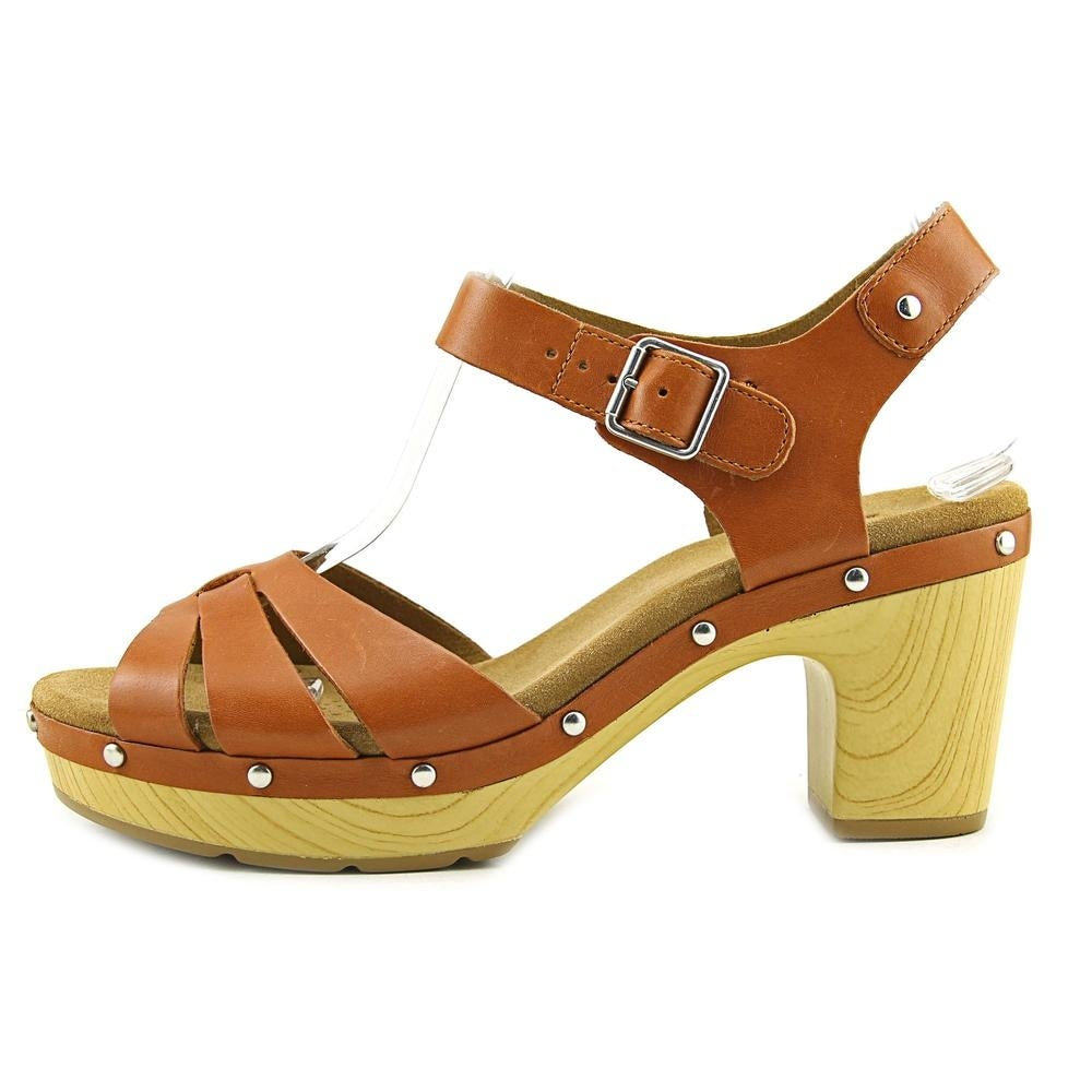 d237ed6f5abb Shop Clarks Narrative Ledella Trail Women Open Toe Leather Platform Sandal  - Free Shipping Today - Overstock - 17996048
