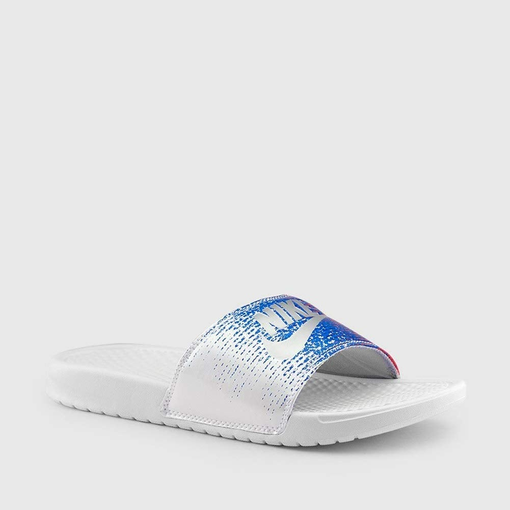 00656bc9045f Shop Nike Benassi Mens Slippers Aq7983-100 10 - White Metallic Silver-Speed  Red - Free Shipping Today - Overstock - 25367714