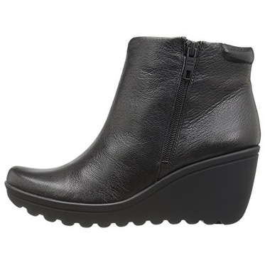 284ac5fbeaa Shop Naturalizer Womens Quineta Round Toe Ankle Fashion Boots - Free  Shipping Today - Overstock - 17009918