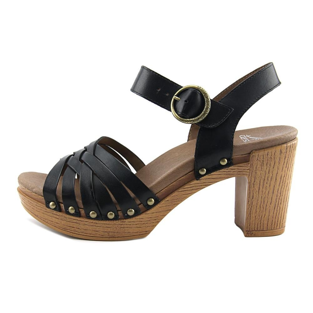 9a90e97b7d4 Shop Dansko Dawson Full Grain Women Open Toe Synthetic Black Platform  Sandal - Free Shipping On Orders Over  45 - Overstock - 19499327