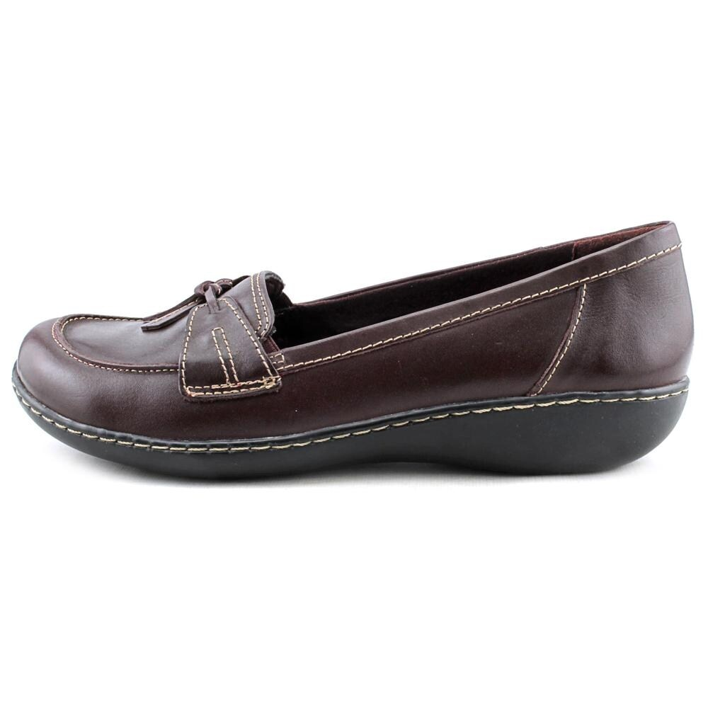 c63ab50e0fc Shop Clarks Narrative Ashland Bubble Women WW Moc Toe Leather Burgundy  Loafer - Free Shipping On Orders Over  45 - Overstock - 15996088
