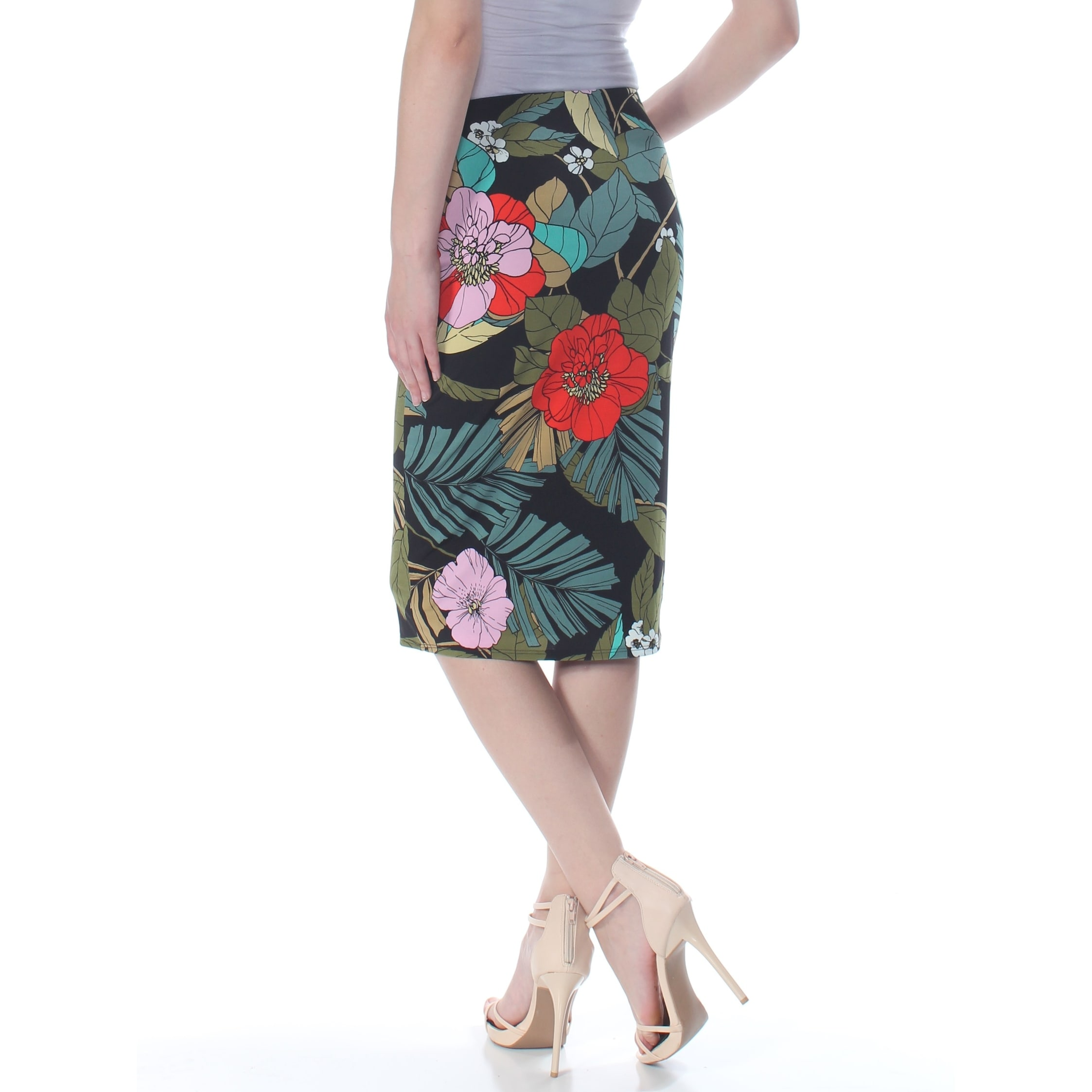 c8bd3f31f Shop GUESS Womens Black Floral Below The Knee Pencil Skirt Plus Size: M -  Free Shipping On Orders Over $45 - Overstock - 27986820