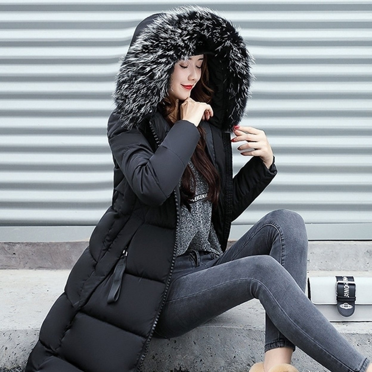 f6ee1a15eb12e Shop Women s Long Down Combo Parka with Faux Fur Trim - Free Shipping Today  - Overstock - 25777759