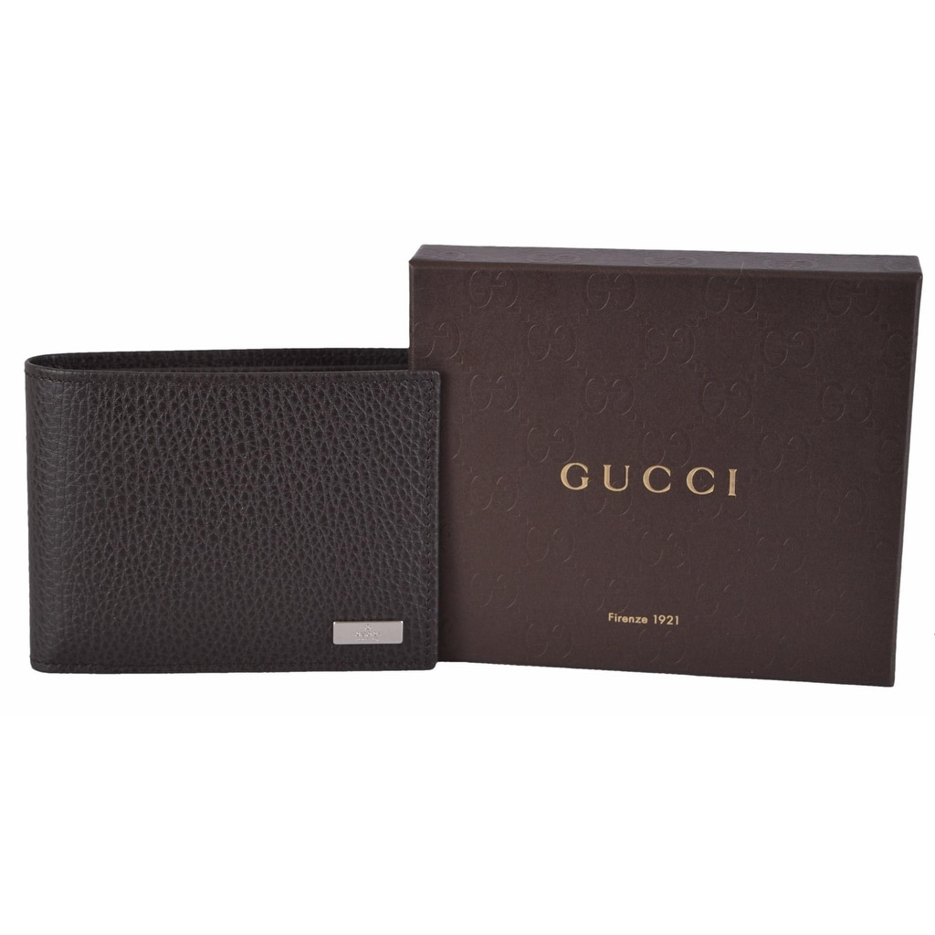 136b6817e4c Shop Gucci Men s 143384 Brown Leather Plaque Logo W Coin Pocket Bifold  Wallet - Free Shipping Today - Overstock - 13817448