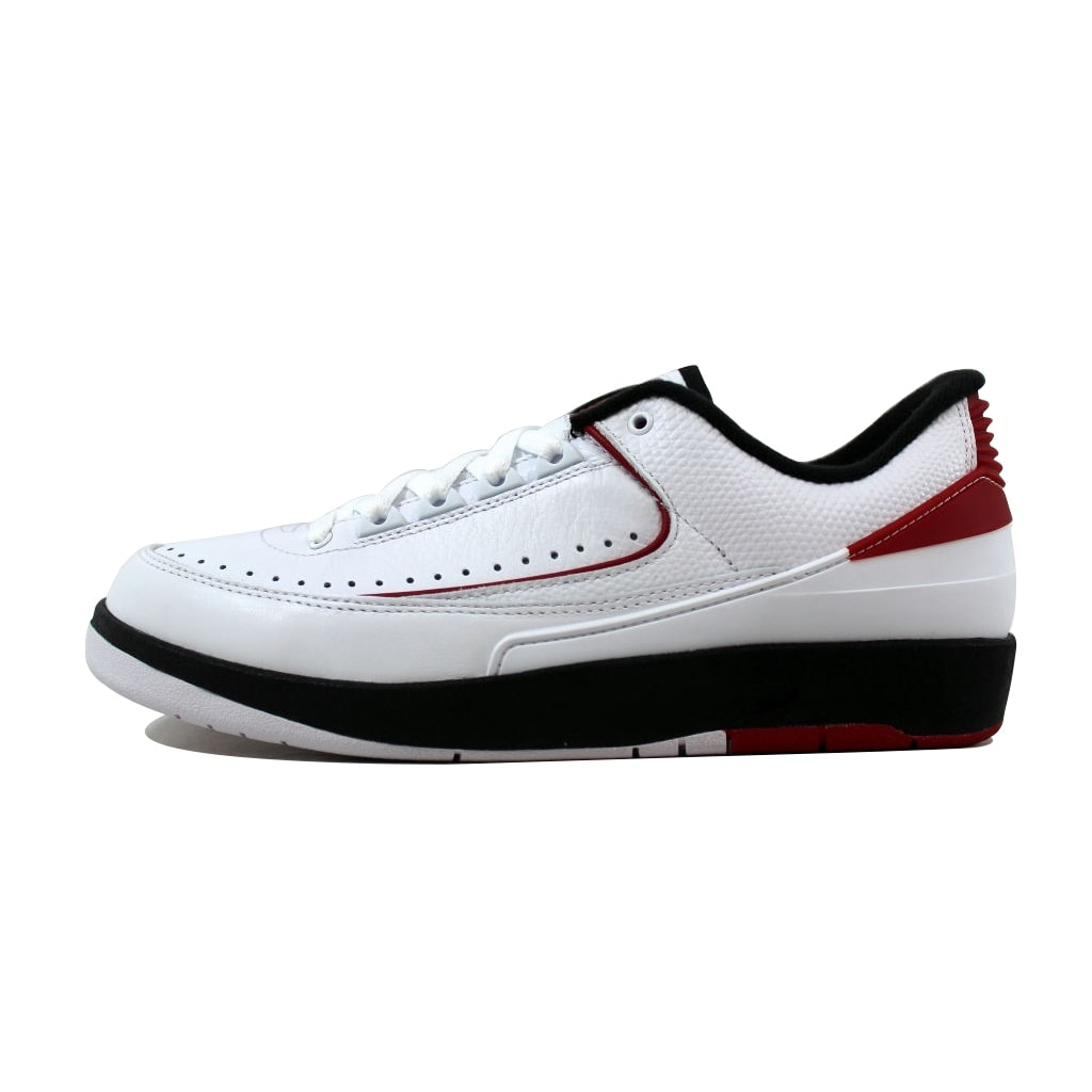 finest selection c455b 023fa Shop Nike Men s Air Jordan II 2 Retro Low Chicago White Varsity Red-Black  832819-101 - Free Shipping Today - Overstock - 21141672