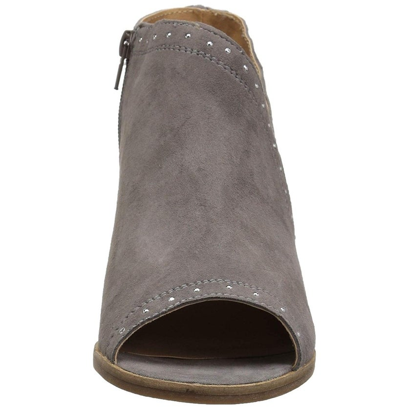 451ae19ada8 Shop Lucky Brand Women s Ulyssas - Free Shipping On Orders Over  45 -  Overstock - 27282993