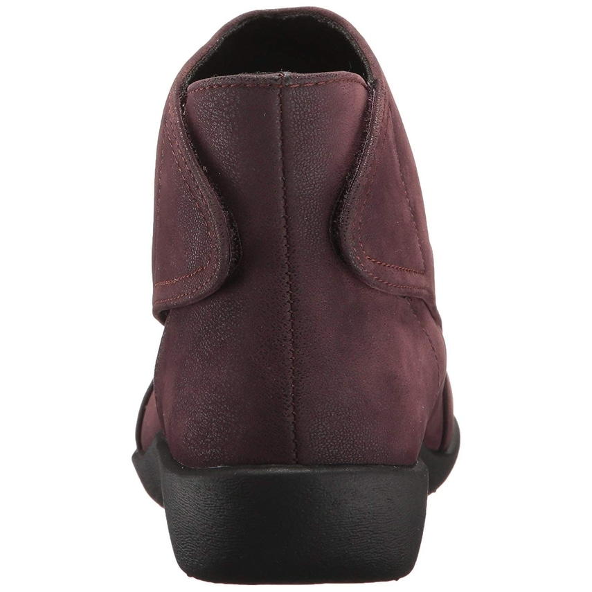96b561f1cf9 Shop CLARKS Women s Sillian Sway Ankle Bootie - Free Shipping On Orders  Over  45 - Overstock - 22337195