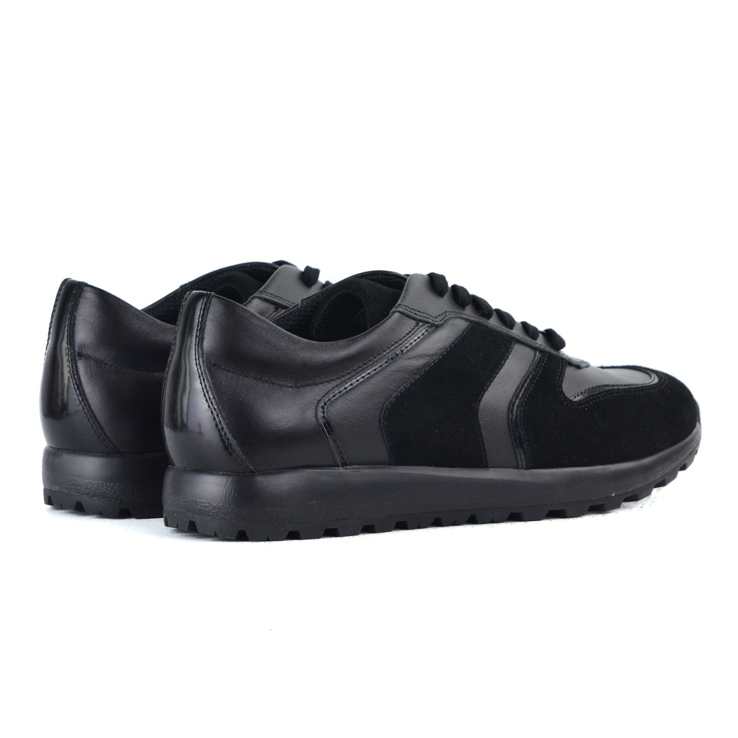 the best attitude f3274 a0935 Versace-Black-Leather-Patent-Panel-Lace-Up-Sneakers.jpg