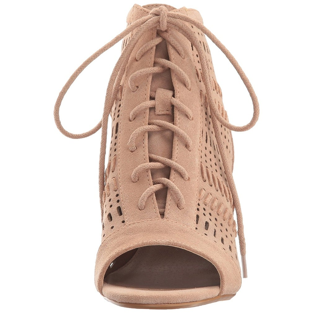 ffa58c11a4b8 Shop Steve Madden Womens Gavell Lace-Up Block Heel Sandals Camel Suede - 10  B(M) - Free Shipping On Orders Over  45 - Overstock - 21427355