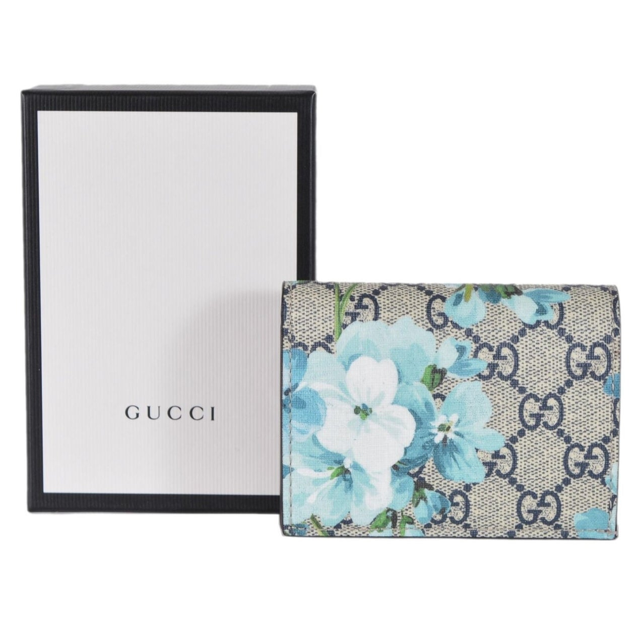 f850adad499536 Shop Gucci 546372 GG Blooms Supreme Coated Canvas Card Case Wallet - 4.4