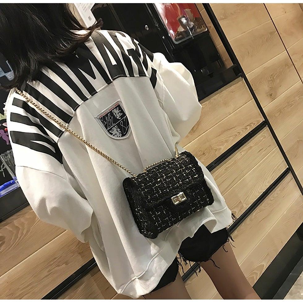 25e8e68c3b0 Shop QZUnique Women s Faux Fur Weave Envelope Shoulder Bag Chain Handbag  Plaid Crossbody Purse - On Sale - Free Shipping On Orders Over  45 -  Overstock - ...