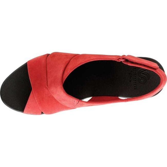f73ed9b24eb Shop Clarks Women s Caddell Petal Strappy Sandal Red Synthetic Nubuck -  Free Shipping On Orders Over  45 - Overstock - 20702451