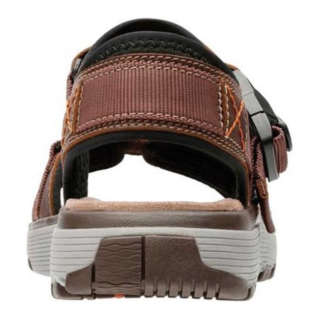 1a8b7721e Shop Clarks Men s Un Trek Part Active Sandal Dark Tan Full Grain Leather -  Free Shipping Today - Overstock - 25625881