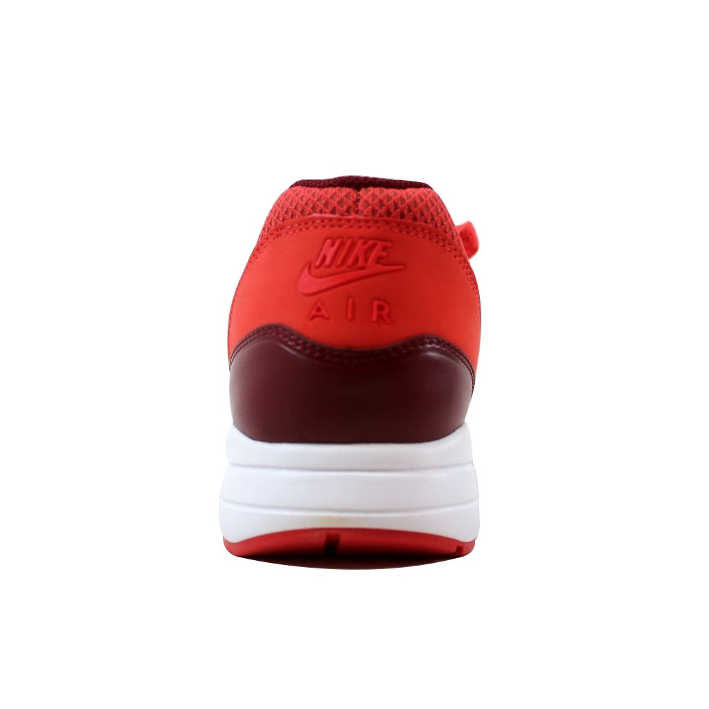 Shop Nike Men s Air Max 1 Ultra 2.0 Essential Track Red Track Red-Team Red  875679-601 Size 10.5 - Free Shipping Today - Overstock - 21141796 4cb55f6fc