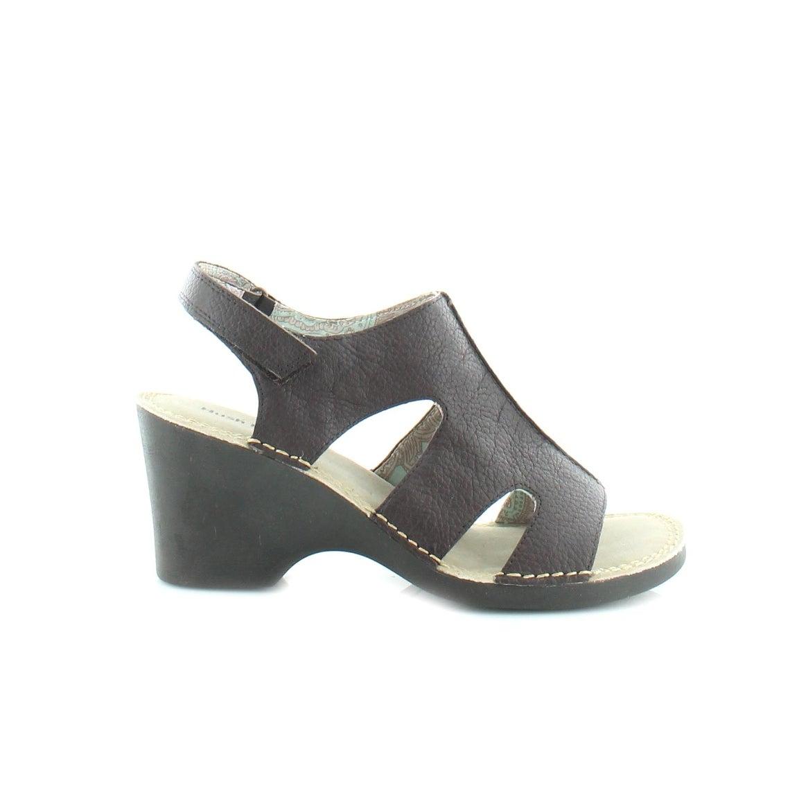 e7d0ffef26c5bd Shop Hush Puppies Julie Havana IIV Women s Sandals   Flip Flops Deep Brown  - Free Shipping On Orders Over  45 - Overstock.com - 18293855