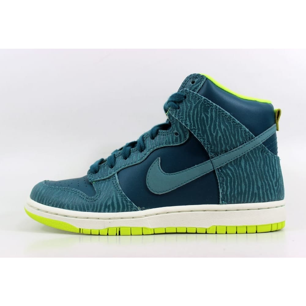 huge discount bbfb5 d38ae Shop Nike Dunk Hi Skinny Print Dark Sea Mineral Teal 543242-300 Women s -  Free Shipping Today - Overstock - 27600930